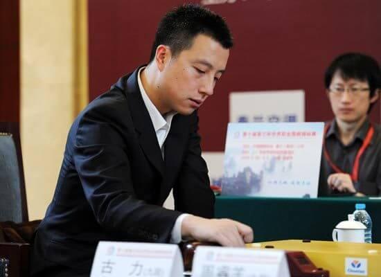囲碁甲級リーグに20年連続現役棋士として参加した古力