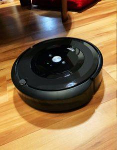 アイロボットiRobot-Roombaルンバe5の外観別アングル
